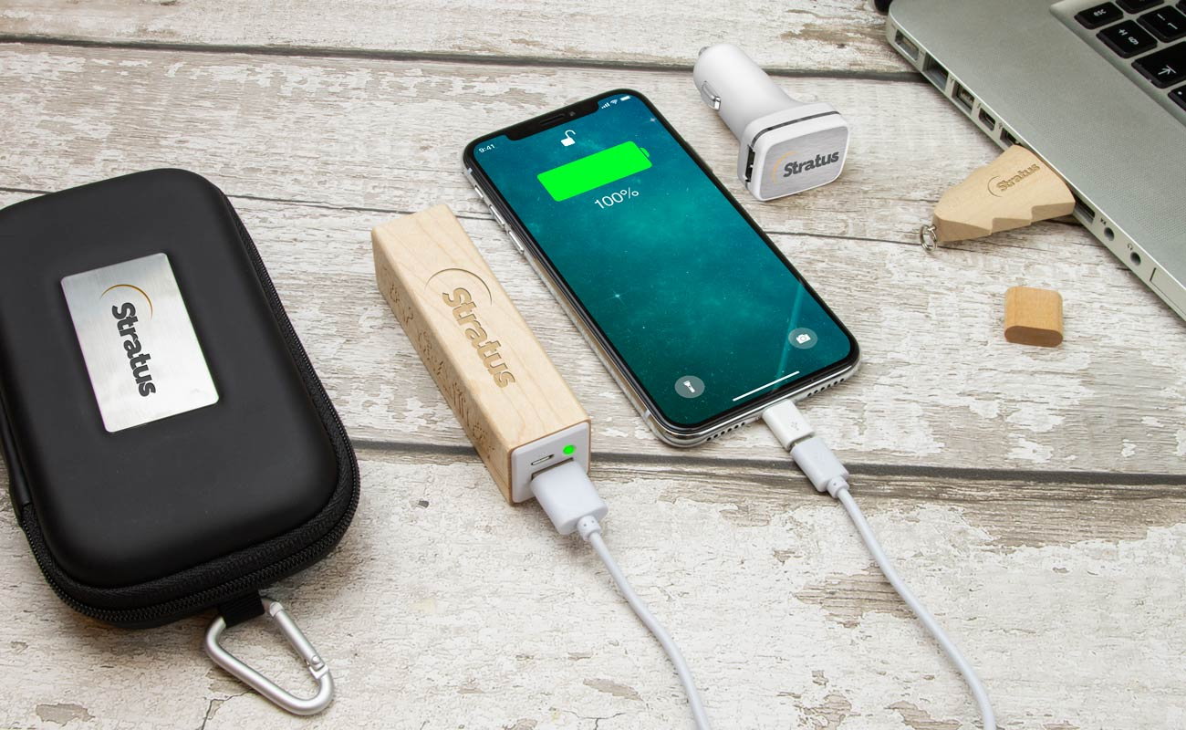 Noel M - USB Personalizados, Power Bank Personalizado y Custom Car Charger
